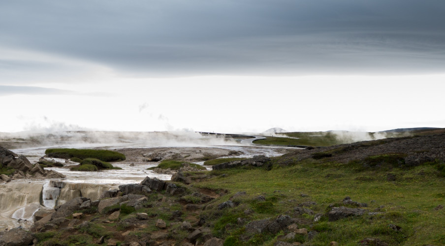 Iceland-WP-1040589